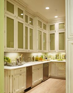La Dolce Vita: Dream Kitchens - this is the butler's pantry