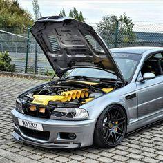 mentions J'aime, 5 commentaires - BMW E46 Limousine, Bmw E46 Sedan, E46 Coupe, E90 Bmw, Bmw S1000rr, E46 M3, E46 Cabrio, Bmw E46 330, E46 Tuning