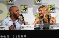 """Actor Travis Fimmel and actress Katheryn Winnick attend a panel for the History series """"Vikings"""" during Comic-Con International 2015 at the San Diego Convention Center on July 2015 in San Diego,. Vikings Season 4, Vikings Tv Show, Vikings Actors, Katheryn Winnick, Bracelet Viking, Viking Jewelry, Ragnar Lothbrok, Lagertha, San Diego"""