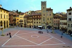 Piazza Vasari, Arezzo Toscana