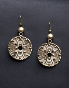 Metal Amna EM 1946 Dangle Earrings