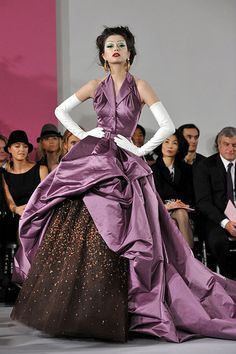 John Galliano, Spring 2010 Dior Couture http://pinterest.com/nfordzho/party-queen/  Maybe we can pull this one off?