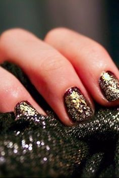 [How-To] // Textured Gold Mani
