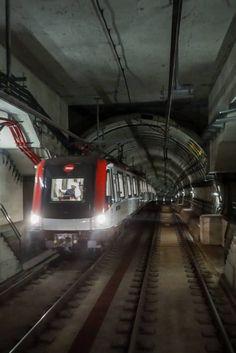Metro Rail, Barcelona, Metro Subway, U Bahn, New York City, Europe, Train, World, Photography