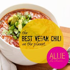 The best and most delicious vegan chili in the world. Healthy vegetarian comfort food side dishes. Quick and healthy vegetarian and vegan meals.