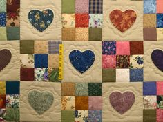 Hearts and Nine Patch Quilt -- outstanding cleverly made Amish Quilts from Lancaster (hs5774)