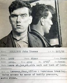 John Thomas Hollings mug shot comes from police identification book Tyne & Wear Archives & Museums. No information is available to confirm wh Vintage Photographs, Vintage Photos, 1920s, Vintage Magazine, John Thomas, Haunting Photos, Pulp, Criminology, Portraits