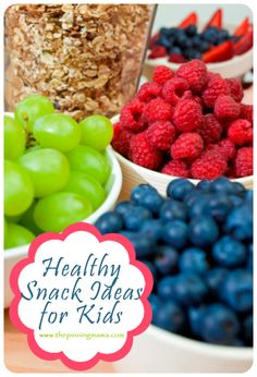 Healthy and Easy Snacks for Kids and Toddlers plus a printable (trail mix recipes bunny bait) Easy Toddler Snacks, Healthy Snacks For Kids, Toddler Meals, Kids Meals, Toddler Food, Healthy Salads, Healthy Treats, Lunch Snacks, Yummy Snacks