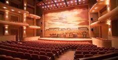 El Teatro Mayor Julio Mario Santo Domingo está ubicado al norte de Bogotá por la calle 170, sector de San José de Bavaria, convirtiéndose en un complejo...