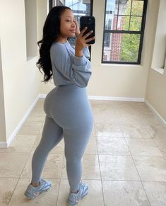 Thick Girls Outfits, Girl Outfits, Cute Outfits, Thick Body, Thick And Fit, Thick Girl Fashion, 2 Piece Outfits, Body Inspiration, Beautiful Black Women