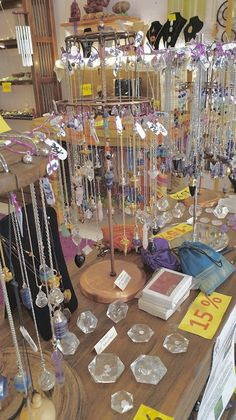 Crystal Room, Crystal Decor, Hippie Jewelry, Cute Jewelry, Crystals And Gemstones, Stones And Crystals, Spiritual Decor, Spiritual Awakening, Crystal Aesthetic