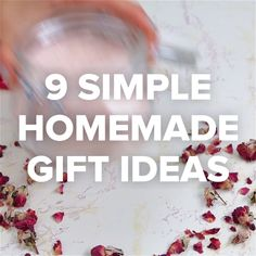 9 Simple Homemade Gift Ideas // #gifts #homemadegifts #sugarscrub #holidays