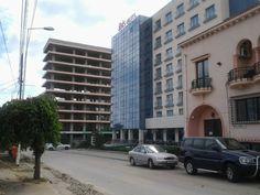 Hotelul Beta vis a vis de intrarea la Plaja Modern din strada Mircea cel Bătrân