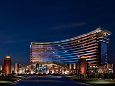 The Choctaw Casino Resort in Durant, Oklahoma has it all. Stay at the hotel and enjoy their bar, pool and steakhouse as well as the slot machines and table games.