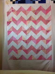 Magpie Quilts: Pink Chevron Quilt Tutorial LOVE this little quilt. I'm making one in some bright colors for a friend.