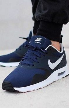 Super Cheap! Sports women nike outlet, Nike Air Max only $21.9!!