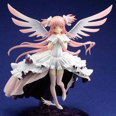 Crunchyroll - Store - Puella Magi Madoka Magica: Ultimate Madoka 1/10 Scale Figure w/ Figure Japan 1st Issue