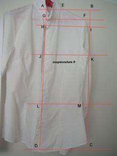 Draw a pattern from an existing corsage Techniques Couture, Sewing Techniques, How To Make Clothes, Diy Clothes, Corsage, Boss Shirts, Sewing Lessons, Couture Sewing, Couture Tops