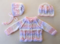 Baby Cardigan Knitting Pattern Free, Baby Boy Knitting Patterns, Baby Sweater Patterns, Crochet Baby Cardigan, Knit Baby Sweaters, Free Knitting, Crochet Patterns, Booties Crochet, Baby Boy Cardigan