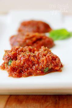 One Sweet Appetite: Sun Dried Tomato Pesto
