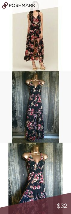 """{XS} Francesca's Miami Floral Emma Maxi Romper Beautiful and feminine romper in excellent condition, like new!!  Features cross over, v-neck front, strappy, open back, hemline that accentuates the waist, hidden zipper in back, built in shorts, and long train.   100% polyester.  Bust- 30"""" Waist- 25"""" Length- 52""""  Bundle and save 30% OFF 3+  Ship same or next day!!  #Date Night #Sexy #Girly #Cute #Pretty #Night Out #Spring #Summer #Wedding Guest #Valentine's Day Francesca's Collections Pants…"""