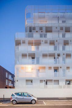 Backstein und Streckmetall - Wohnkomplex im Pariser Osten, Margot-Duclot Architectes