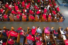 Harlem New York gospel  - The congregation dressed in red