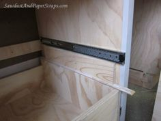 Installing drawers with gliders