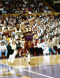 NBA Playoffs Seattle SuperSonics Lonnie Shelton in action vs Los Angeles Lakers Kareem AbdulJabbar at The Forum Inglewood CA CREDIT Peter Read Miller