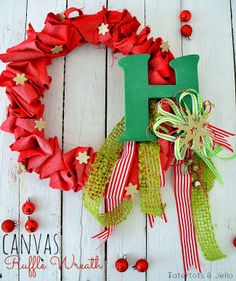 Holiday canvas ruffle wreath. Click through to see how you can make one to match your decor.
