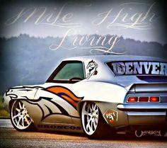 Denver Broncos Peyton Manning, Denver Broncos Football, Go Broncos, Broncos Fans, Football Stuff, Denver Broncos Pictures, Broncos Memes, Abs Pictures, Nfl
