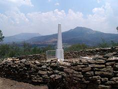 Battle of Laingsnek Memorial African History, Monuments, South Africa, Battle, Southern, War, Memories, Garden, Garten