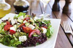 Välimerellisestä ruokavaliosta on löytynyt jälleen uusia hyvää tekeviä vaikutuksia.