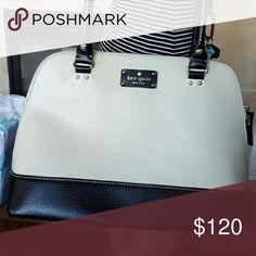 Purse In great condition kate spade Bags Satchels
