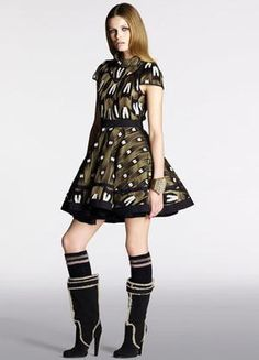Karlie Kloss wearing Louis Vuitton Pre-Fall 2010 Printed Dress