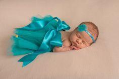 Я не только вяжу, но и шью! Фатиновые юбочки Tutu очень модные для первой фотосессии. Подробности и условия заказа можно уточнить по т. 8-926-556-26-37 _______________________________ #newbornaccessories #newborn #knittingprops #photoprops #newbornphoto #props #newbornprops #best_newborn_photo #knitting #вязание #фотореквизит #аксессуарыдляноворожденных #реквизитдляфотосессии #юлинывязанки #одеждадляноворожденного #фотомалыша #фотографноворожденных #newbornphotographer…