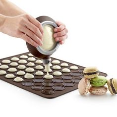 "A word from the Cuisine Buddy team:""This is the perfect accessory for macarons lovers! Bake them easily and quickly, with this pan you'll be able to do 30 in on"