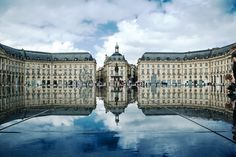 Place_de_la_Bourse_Bordeaux_France