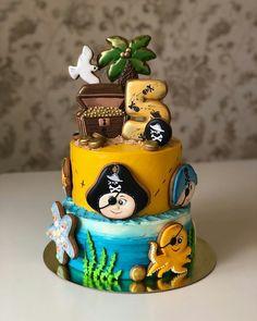 А вот, собственно, и #тортспиратами от @alena_home_tortik_stav , все мои работы с этим мастером можно посмотреть здесь#26ираалена Royal Icing Cookies, Pirate Party, Party Cakes, Birthday Party Decorations, Cake Decorating, Cupcake, Birthday Cake, Desserts, Ideas