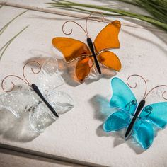 These fused glass butterflies are beautiful! I'm so ready for Spring! Glass Home Decorations | Fused Glass #Butterfly | J. Devlin