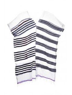 LEMLEM / TUNIQUE ZARE Disponible sur : http://www.bymarie.fr/marques/lemlem/tunique-zare-8129.html #lemlem #brand #clothes #vetement #dress #robe #blanc #white #marine #blue #boheme #vacances #vacation #holidays #summer #fashion #mode #paris #marseille #sainttropez #chic #bymariestore
