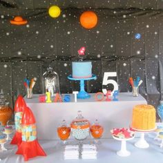 Space Party decor ideas