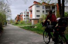 Cidade alemã de Freiburg é considerada a mais sustentável do mundoPara obter baixa emissão de CO2, município de 220 mil habitantes possui 1.800 painéis solares, disponibiliza linhas de bondes elétricos e 500 quilômetros de ciclovias