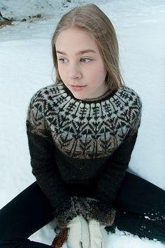 Ravelry: Veðurfræðingurinn - weatherman pattern by G. How To Start Knitting, Knitting For Kids, Norwegian Knitting, Icelandic Sweaters, Knit In The Round, Fair Isle Knitting, Knitting Designs, Pulls, Knit Crochet