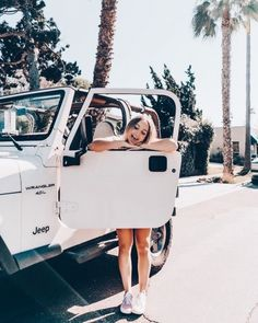 Credits do not belong to me Jeep insta inspo. Photoshoot in the summer. Jeep Photos, Car Pictures, Ford Gt, Audi Tt, My Dream Car, Dream Cars, Peugeot, Volkswagen, White Jeep