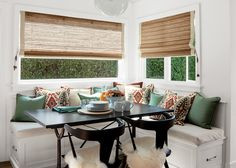 Natural Woven Shades add a touch of warmth to any space, especially this breakfast nook. #naturalwovenshades #smithandnoble #smithandnobleshades