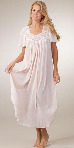Exquisite nightgown - good image