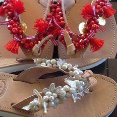 Christmas Wreaths, Sandals, Holiday Decor, Handmade, Diy, Jewelry, Home Decor, Christmas Swags, Slide Sandals