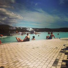 Who wants to enjoy this sunny day with us? #BlueLagoon #Iceland #travel