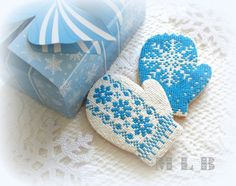 Christmas cookies...Mittens..